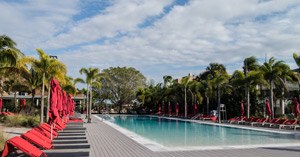 Paxnews a visit to club med sandpiper bay for Club piscine catalogue